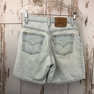 Levi's 550 Relaxed Fit, Shorts, Size 7.  C41